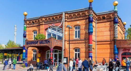 Oliver.Huchthausen-Hundertwasser.Bahnhof
